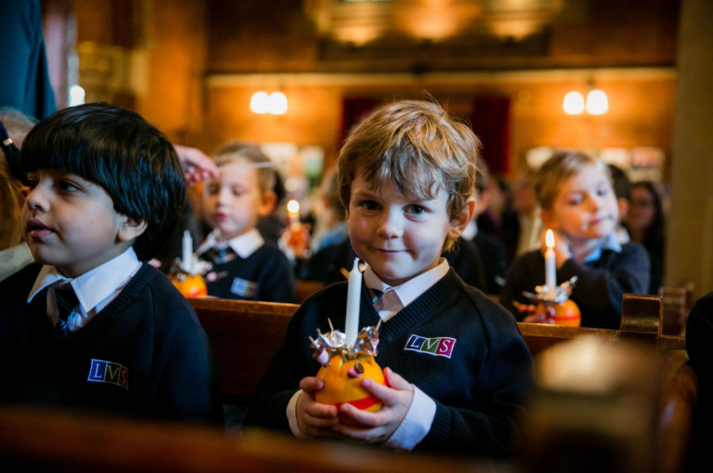 Picture by www.vervate.co.uk/Skye Brackpool LVS Ascot - December 4th 2015 Christingle Service for Junior School pupils and parents Ascot Parish Church
